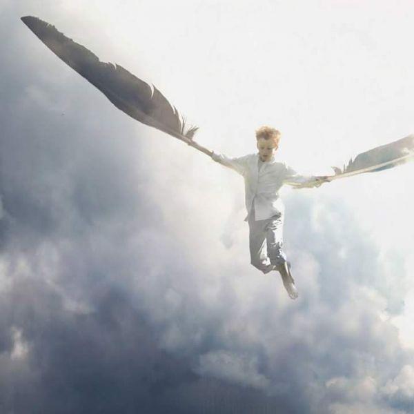 Bir sürü dünyaya uçmak