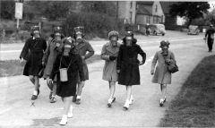 Gas mask practice hallow school 1940s