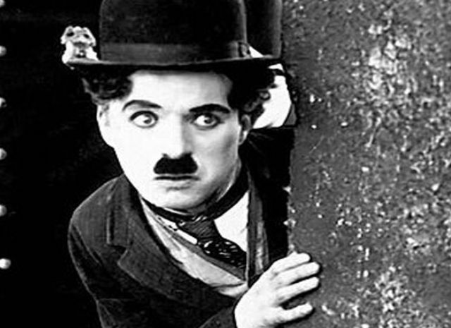 Bugün Charlie Chaplin'in Doğum Günü