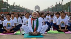 Uluslararası Dünya Yoga Günü'nde Narenda Mudi
