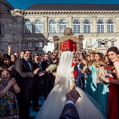 'Tut elimden, beni takip et' diyen çift evlendi..