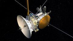 Satürn Cassini Fotoğrafları Gönderiyor