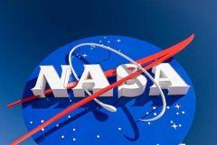 NASA, Satürn'ün yeni fotoğraflarını yayınladı