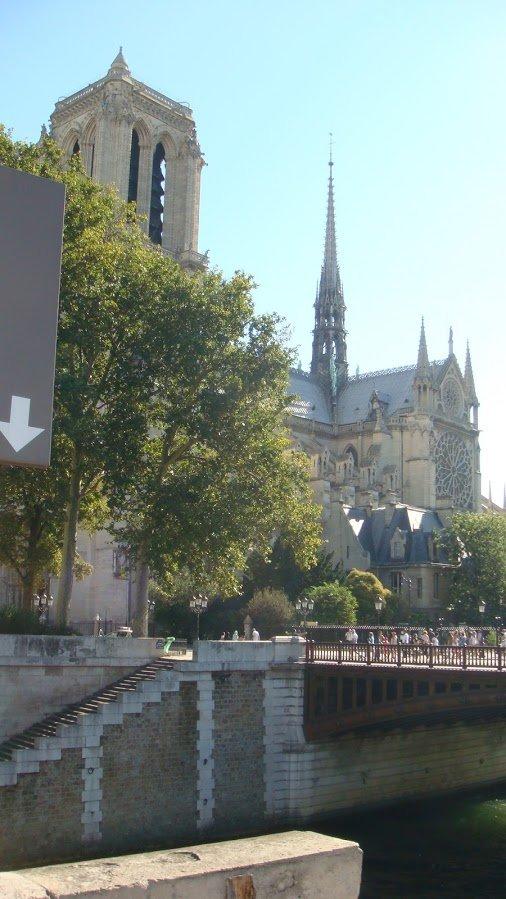 Notre Dame Kaybettiğimiz Kule